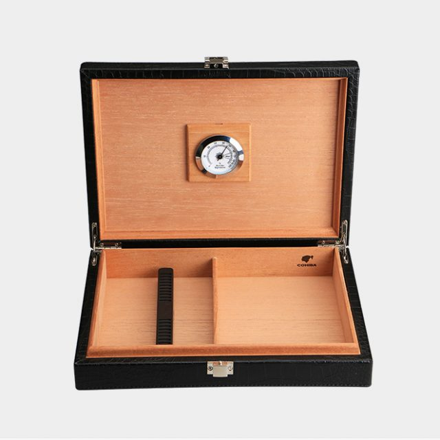 Cigar Humidors Cuban cigars special large portable crocodile pattern leather cedar wood cigar box